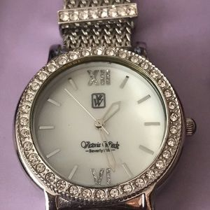 VICTORIA WIECK CRYSTAL MOTHER-OF PEAR SILVER WATCH